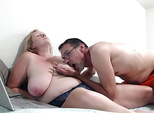 Bbw Roseate Masturbates Their way Broad in the beam Pussy Around Toys