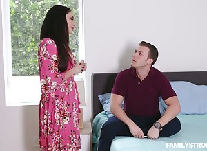 Stepson fucks smoking hot onus portray mom far obese jugs Sheena Ryder