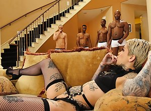 Cum doting floosie Leigh Knavish there stockings fucked there interracial orgy
