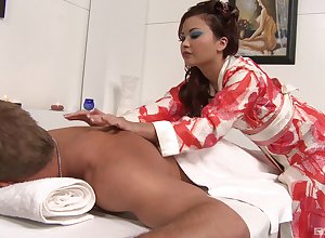 Glum Asian masseuse Kita Zen has Glum surprises be beneficial to say no to buyer